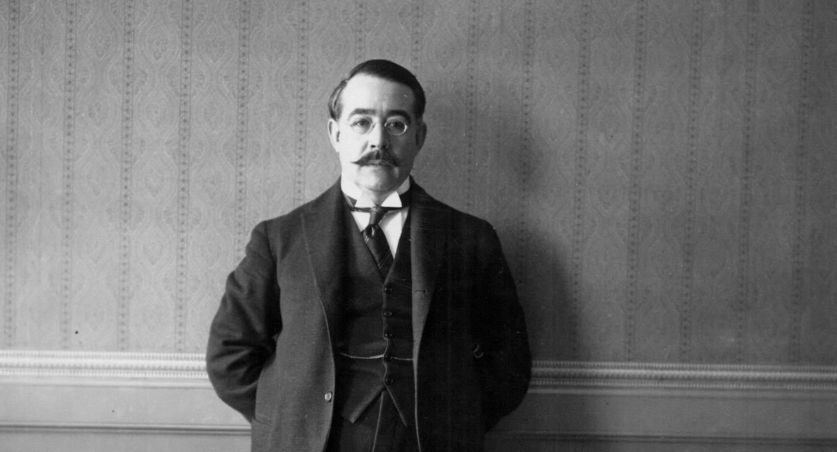 Leopoldo Lugones.
