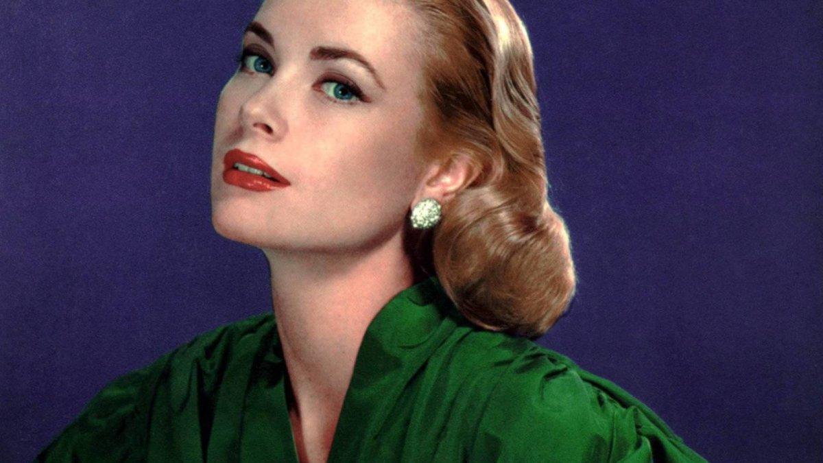 La solitaria belleza de Grace Kelly