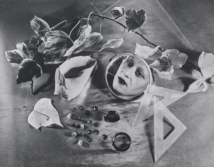 Autorretrato -Grete Stern(1943).