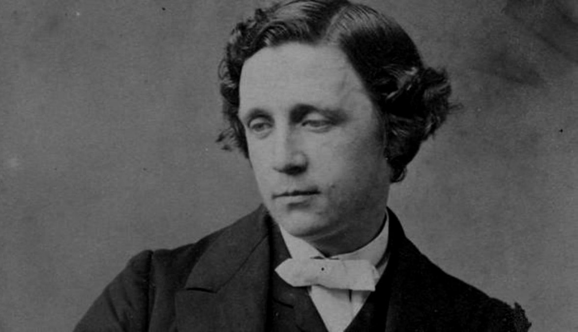 Charles Lutwidge Dodgson (27 de enero de 1832 - 14 de enero de 1898)