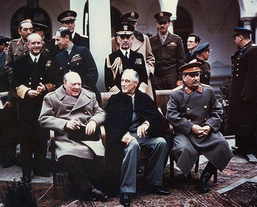 De izquierda a derecha:Churchill