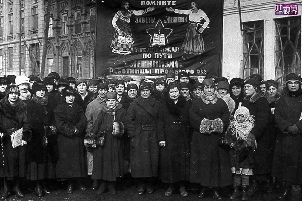 Las mujeres rusas hacen huelga por los 2 millones de muertos en la guerra