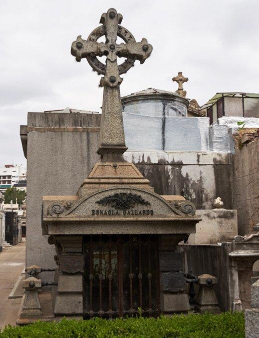 Esnaola Gallardo - Cementerio de la Recoleta