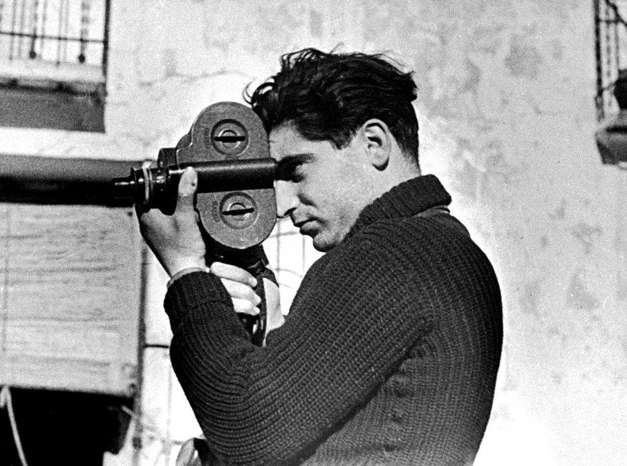 Robert Capa por Gerda Taro.