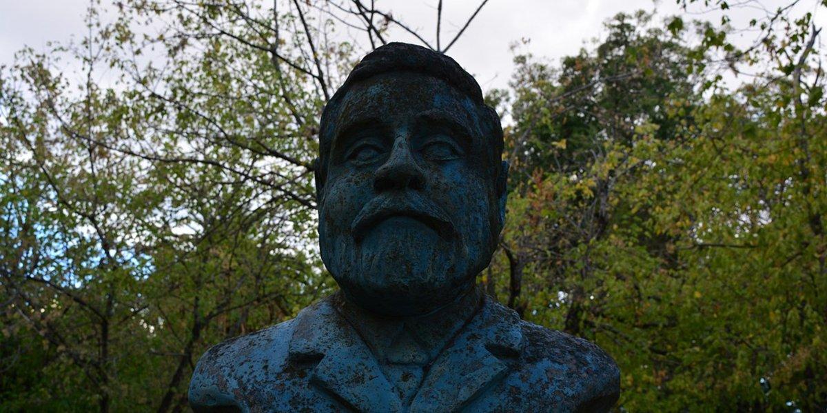 El busto de Juan Bautista Ambrosetti está ubicado en la plaza Constitución de Gualeguay