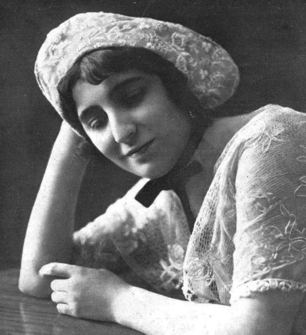 Lola Membrives (1916).