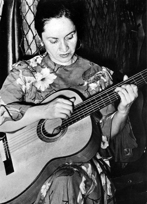 Violeta Parra, la mujer