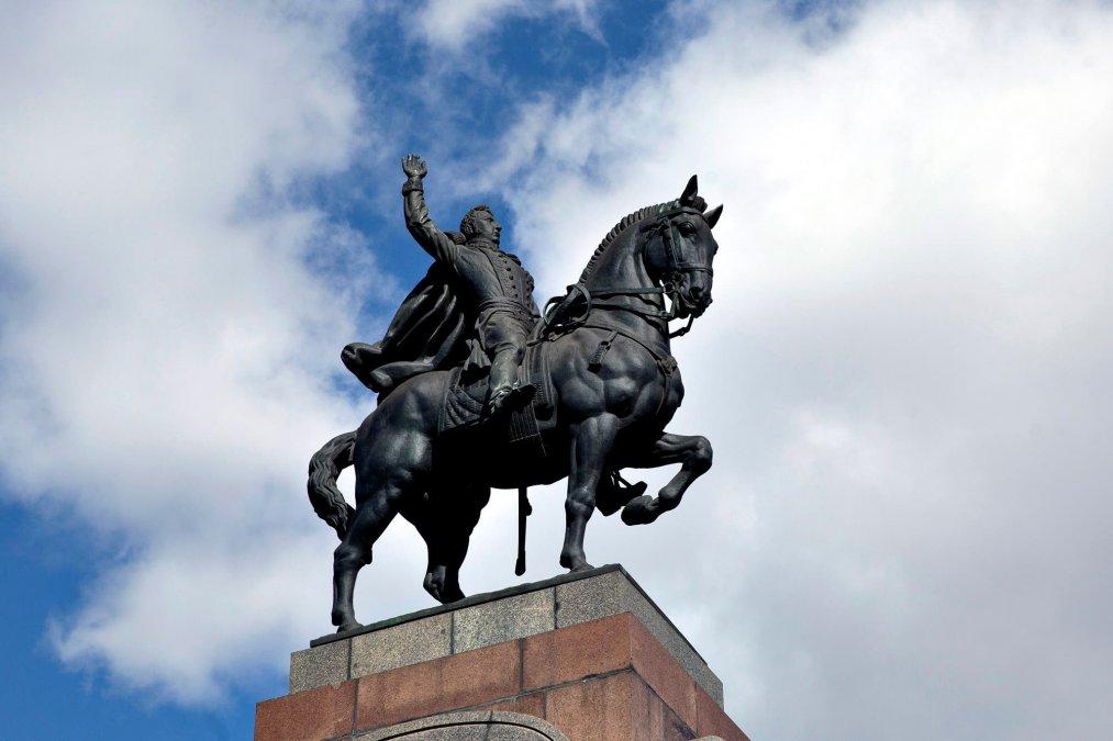 Monumento al general Carlos María de Alvear