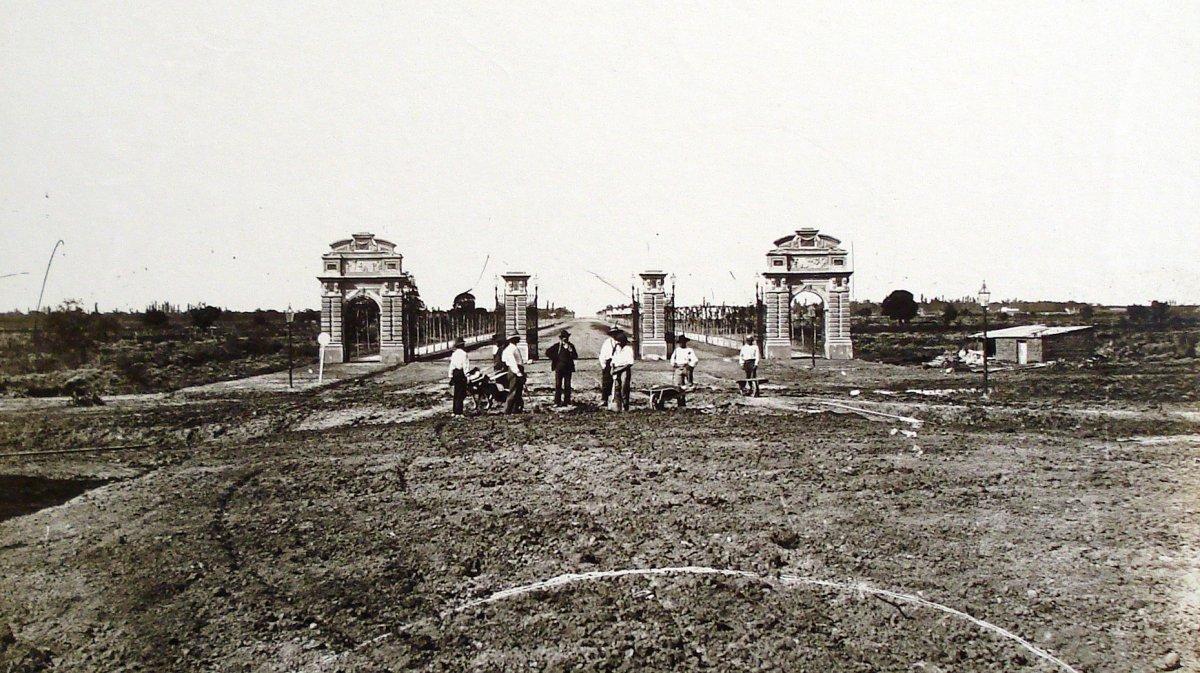 Los Portones de Palermo marcaron la entrada al parque de 1875 a 1917.