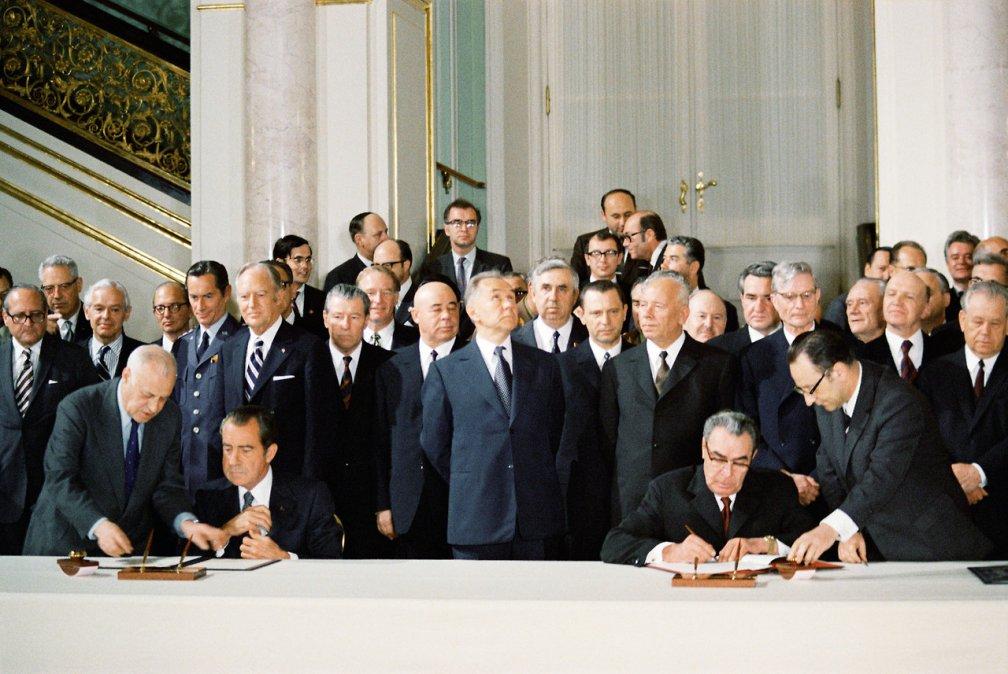 Nixon y Leonid Brezhnev