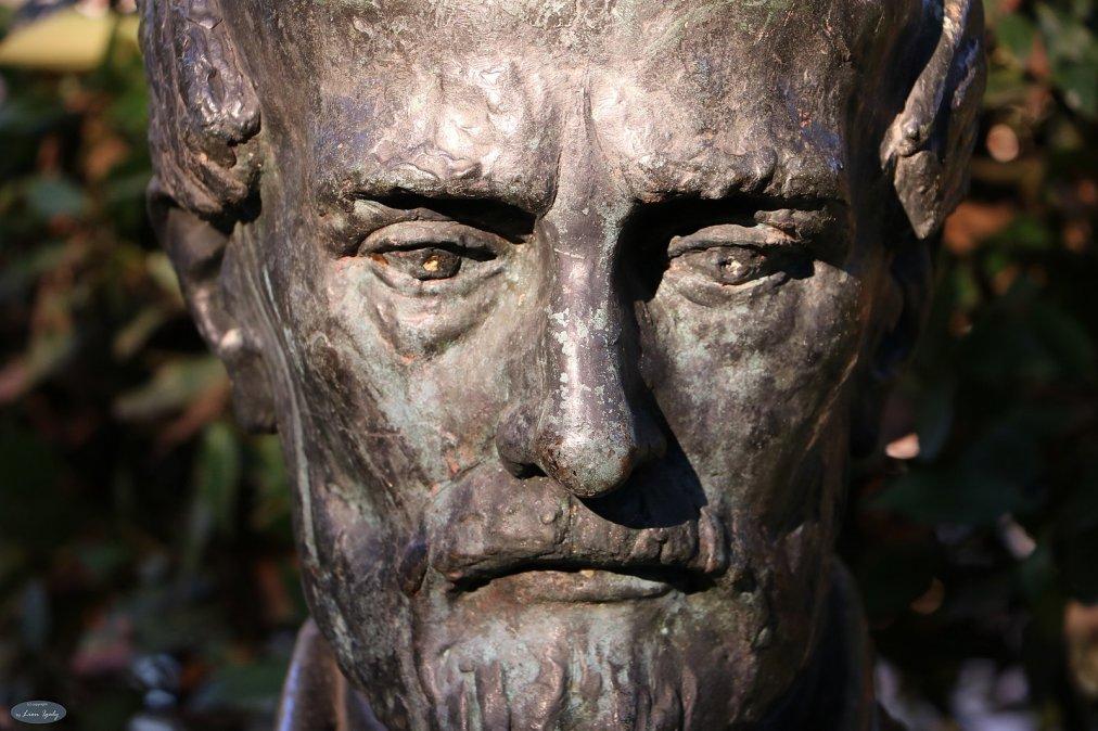 Monumento a Giuseppe Mazzini.
