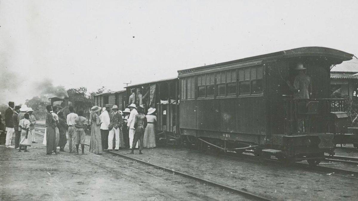 Embarque al ferrocarril del Cabo al Cairo en el Congo belga