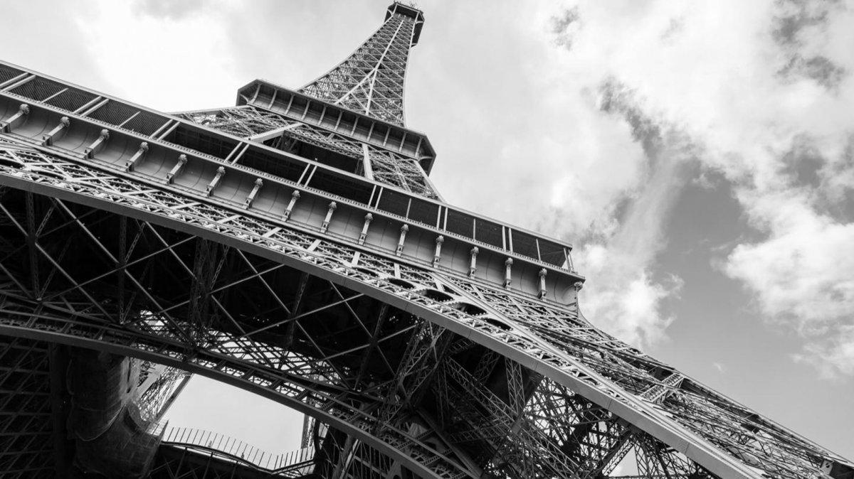 La torre Eiffel y sus historias curiosas