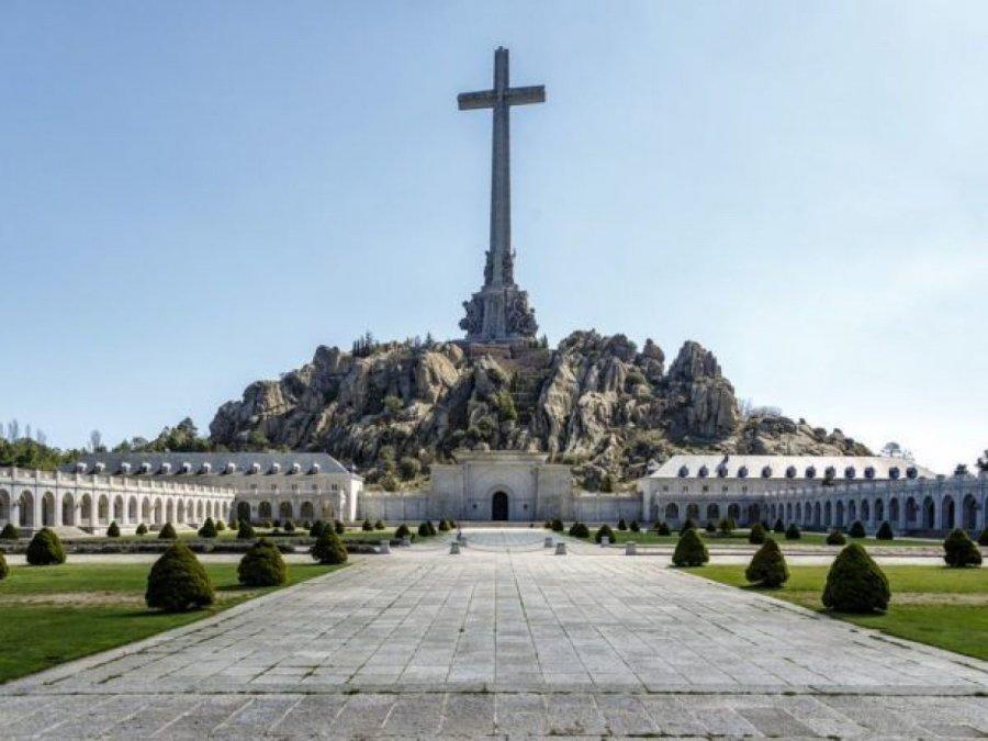 Lágrimas, sudor y sangre sobre el Valle de los Caídos
