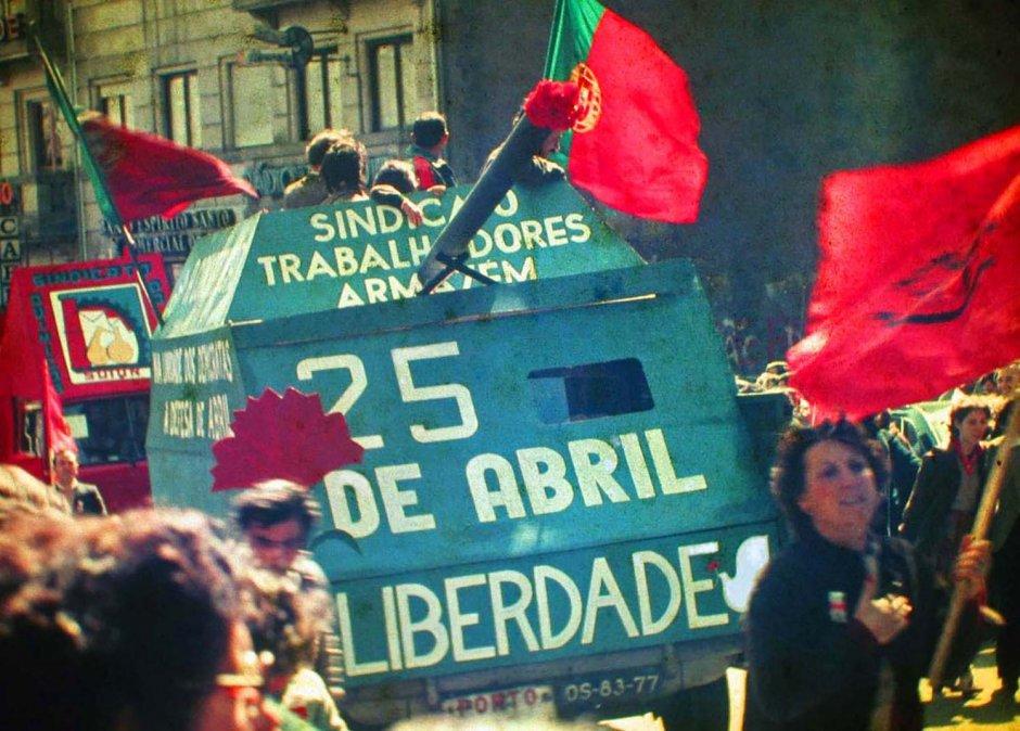 Manifestación del25 de abrilde1983enOporto (Portugal)