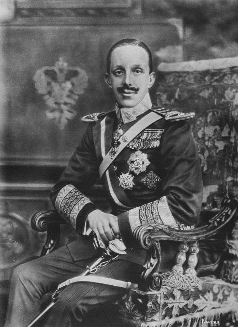 El rey Alfonso XIII nace en el Palacio Real