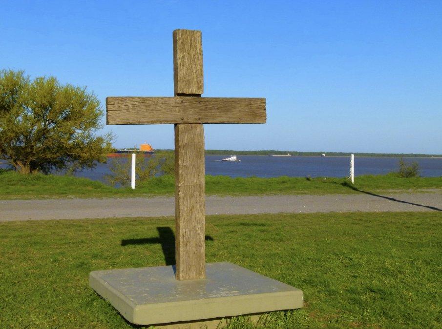 Predio de 15 ha donde se recuerda la batalla. No hay monumento. Sólo una cruz de quebracho