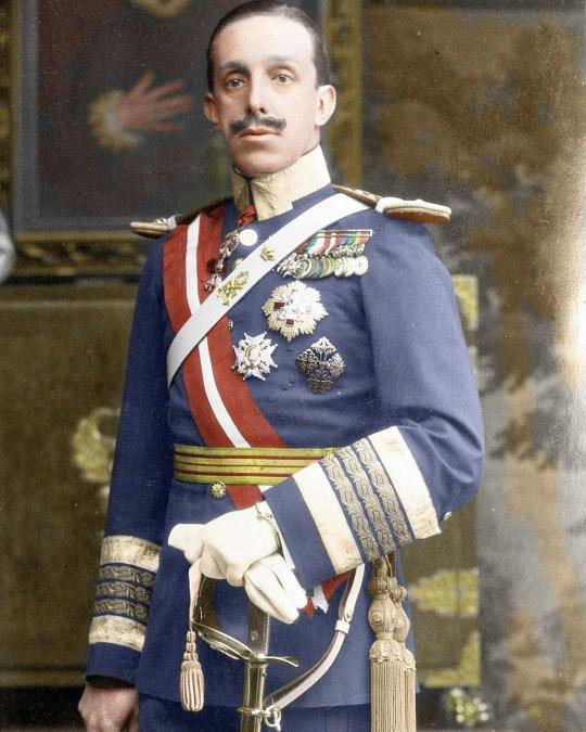 El atentado a Alfonso XIII en París
