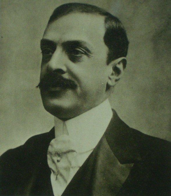 Muere Luis María Drago