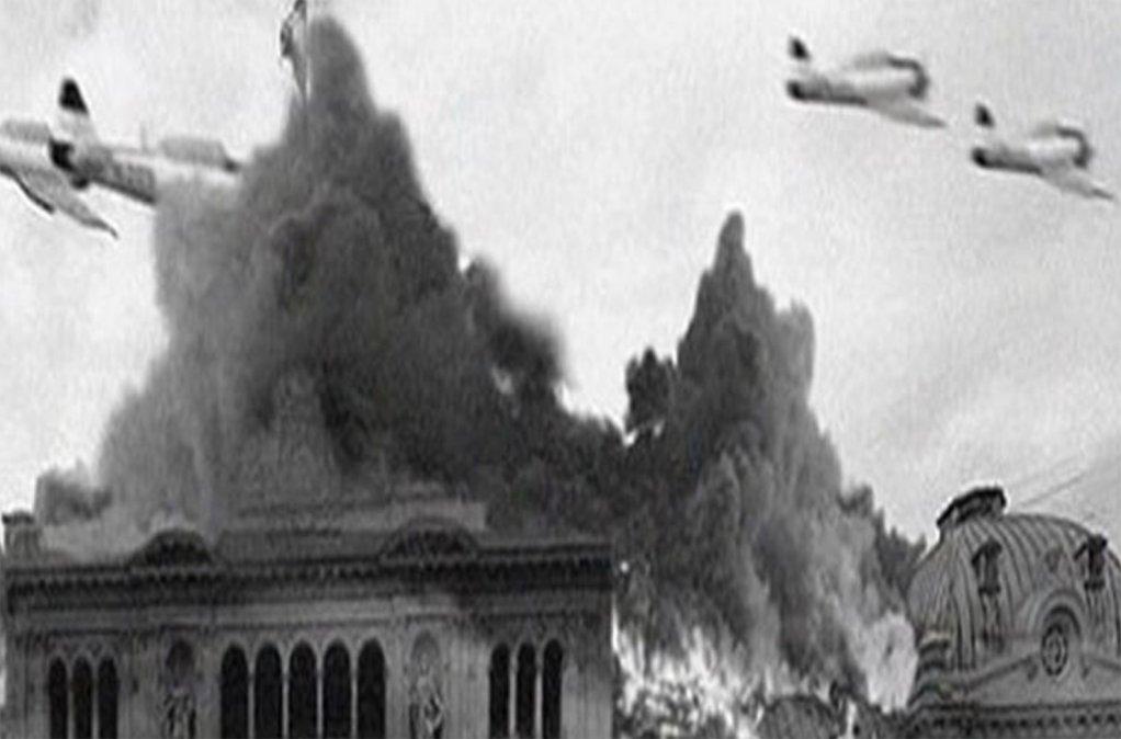 La Casa Rosada bajo fuego.