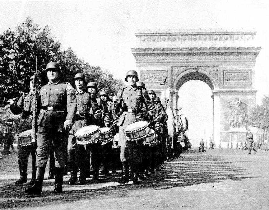 El día que los nazis entraron a París con la Marcha de San Lorenzo (y que nadie recuerda)