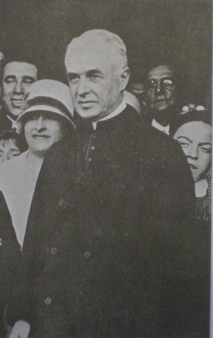 Monseñor de Andrea: obispo de la libertad