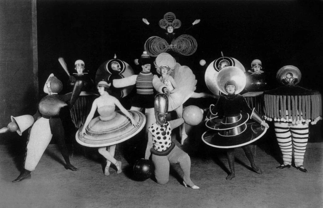 Das Triadisches Ballett (El Ballet Triádico)