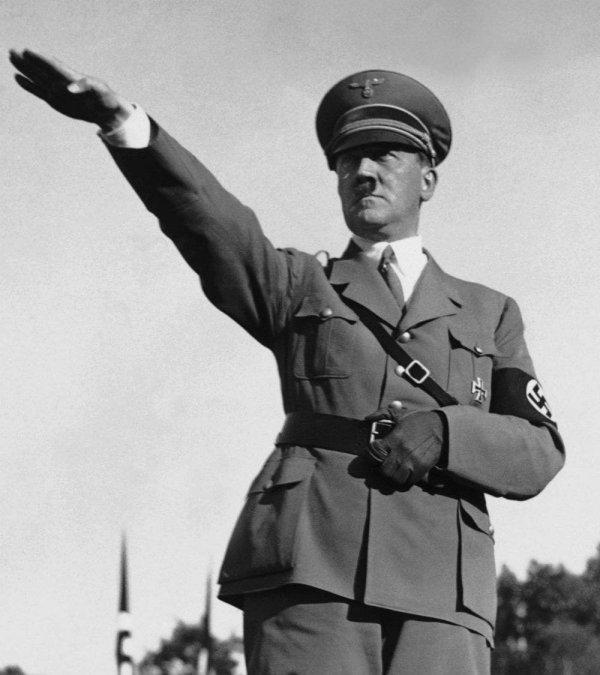 El partido Nazi y el poder absoluto