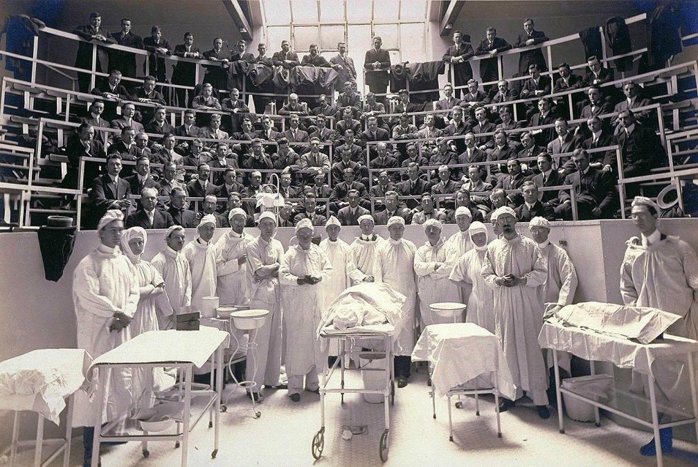 Médicos en Peligro: Una historia de entregas y muerte