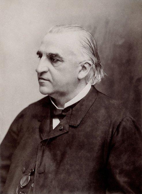 Jean-Martin Charcot: biografía del pionero de la hipnosis y la neurología