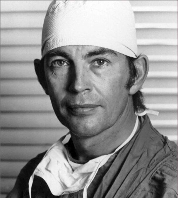 Christiaan Barnard, el hombre que abrió el camino a los trasplantes de corazón