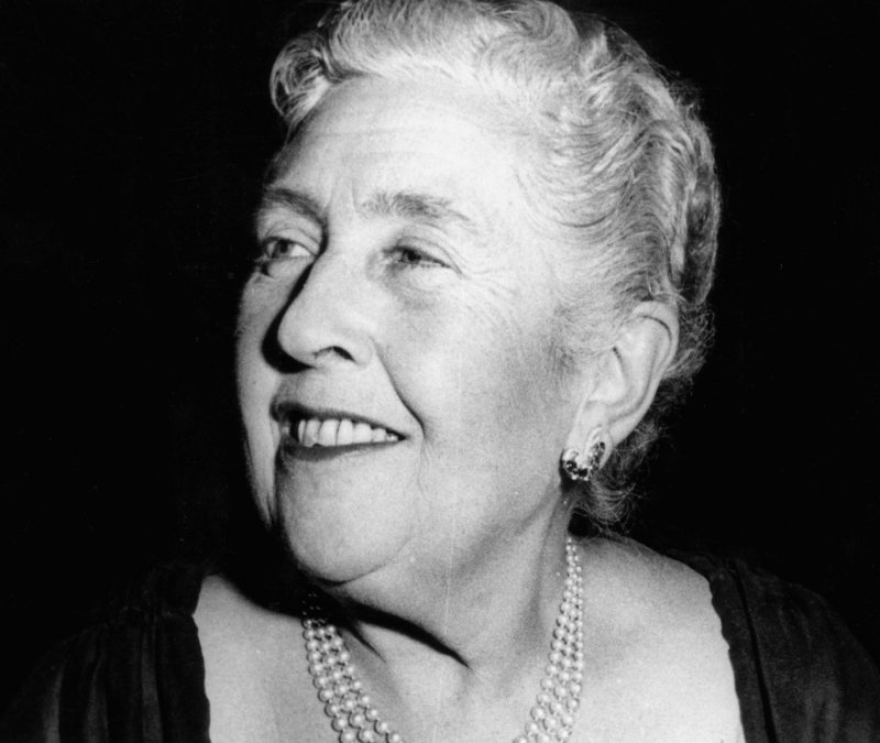 ¿Cuál fue profesión soñada de Agatha Christie?