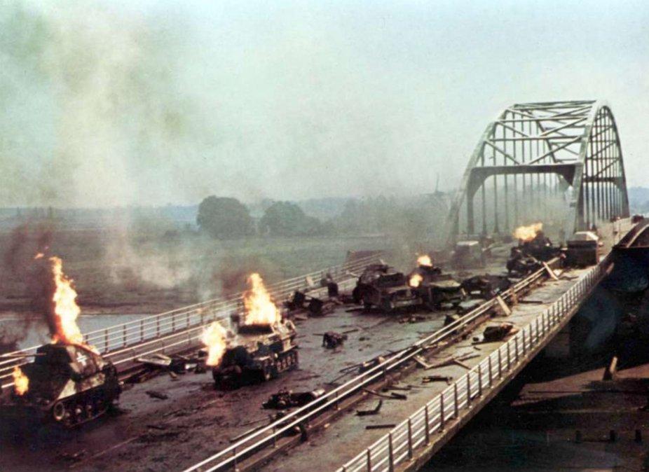 Imagen de Un puente lejano