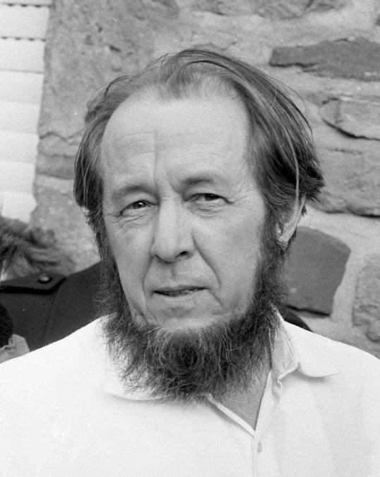 Solzhenitsyn y el KGB