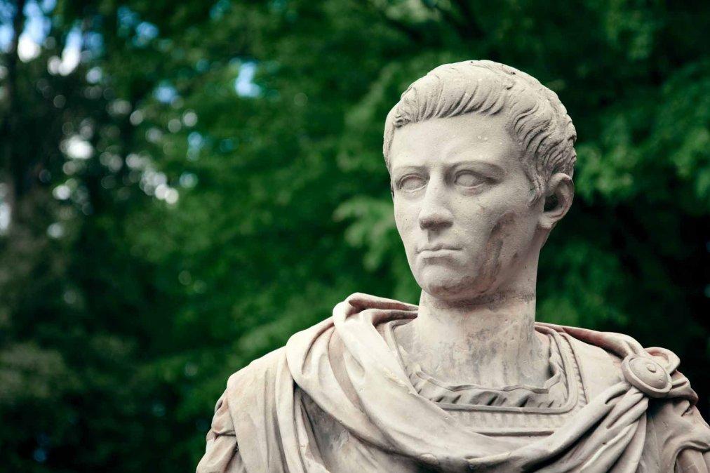 La historia que se ha contado de Calígula ha sido una de corrupción del  poder absoluto