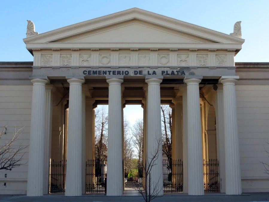 Secretos y leyendas del cementerio de La Plata