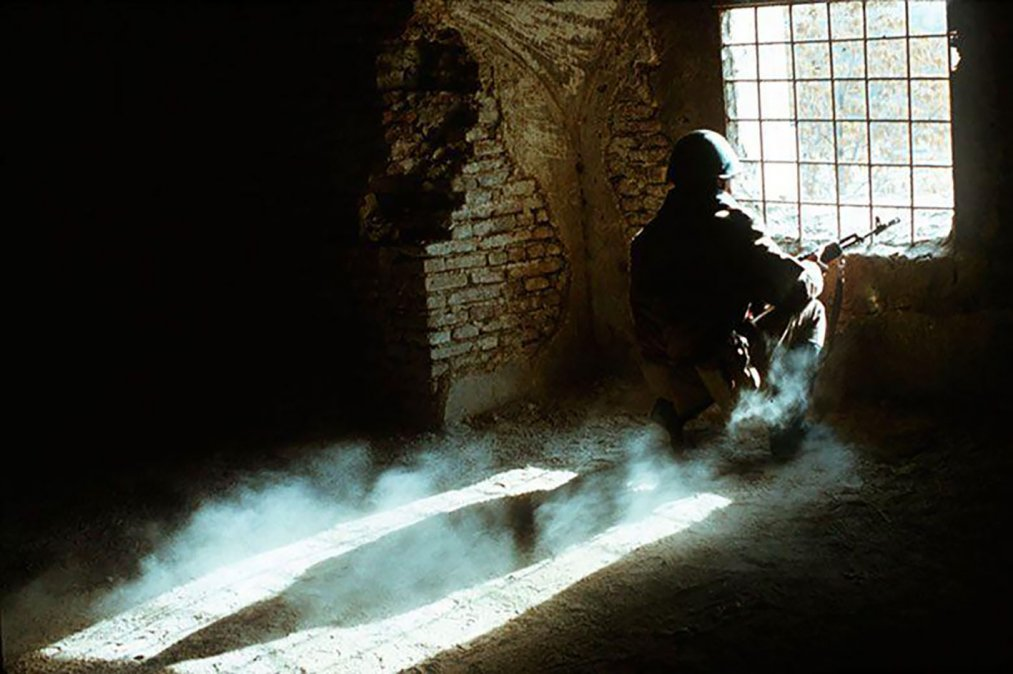 Soldado soviético en Afganistán en 1988. Foto: Wikimedia Commons /Mikhail Evstafiev / CC BY-SA 3.0.