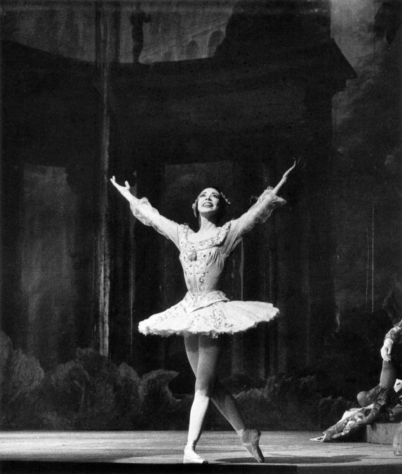 Margot Fonteyn. Foto de Roger Wood