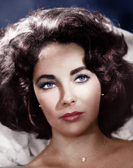 Elizabeth Taylor, la actriz de la mirada violeta