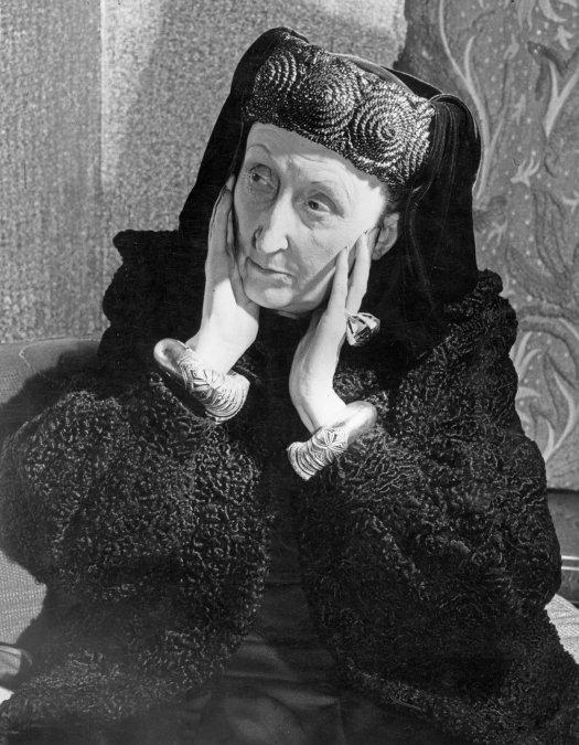 Edith Sitwell: la excéntrica dama de la poesía británica