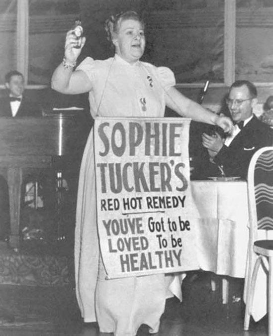 Sophie Tucker: de coon shouter a hercúlea desestereotipadora