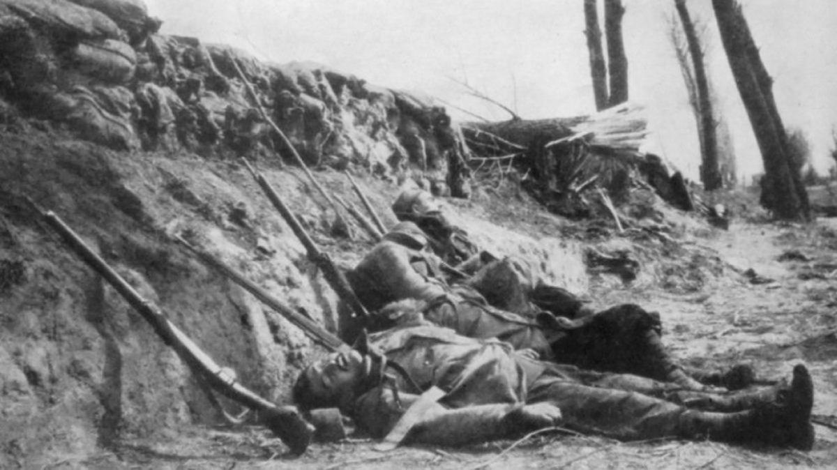 Soldados franceses muertos por gas en la segunda batalla de Ypres