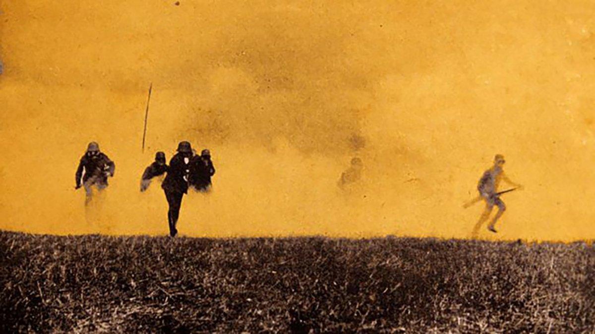 Foto fechada 1914 de un ataque alemán con gas durante la Primera Guerra Mundial.