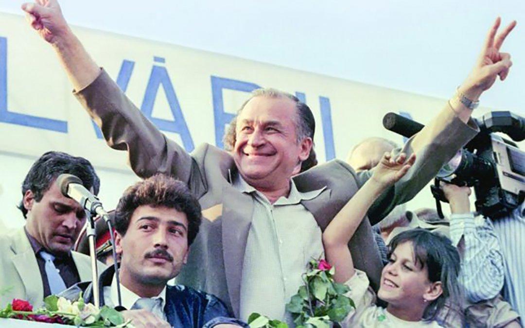 Ion Iliescu en las elecciones de 1990
