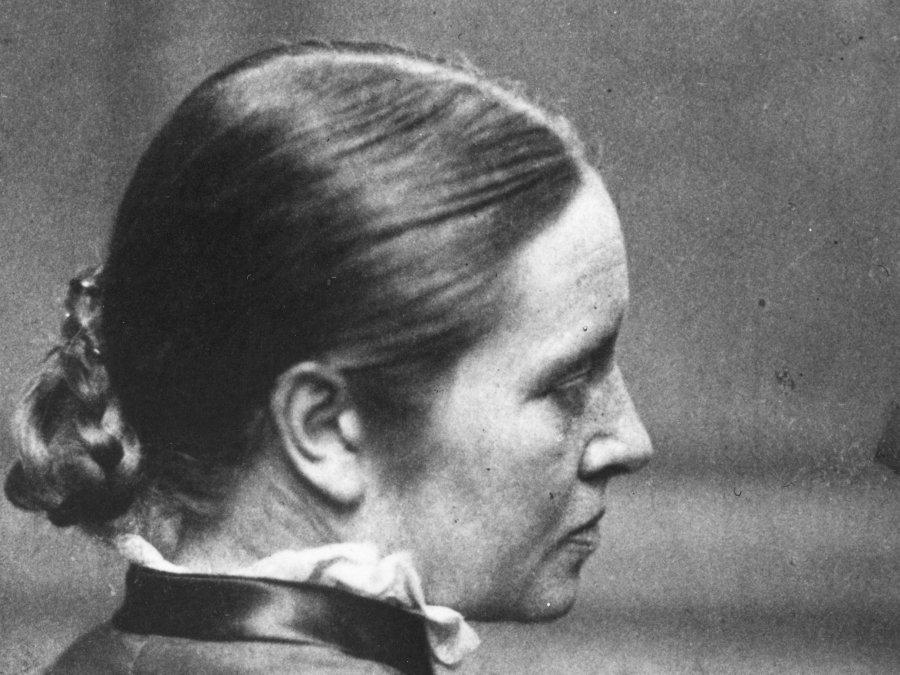 Elizabeth Garrett Anderson (1836-1917): La doctora que recibió las llaves del reino de la medicina