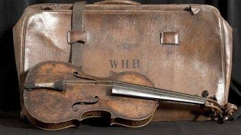 La historia de Wallace Hartley, el el violinista del Titanic
