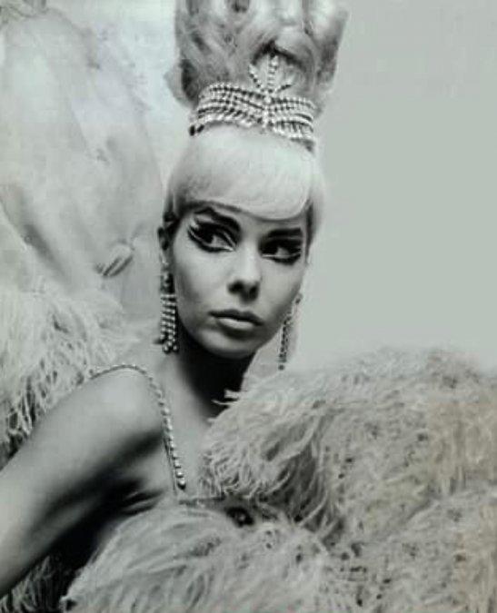 Nélida Lobato: la reina de las vedettes