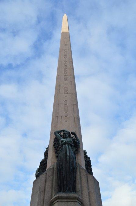 Obelisco a los constituyentes de 1830 montevideo