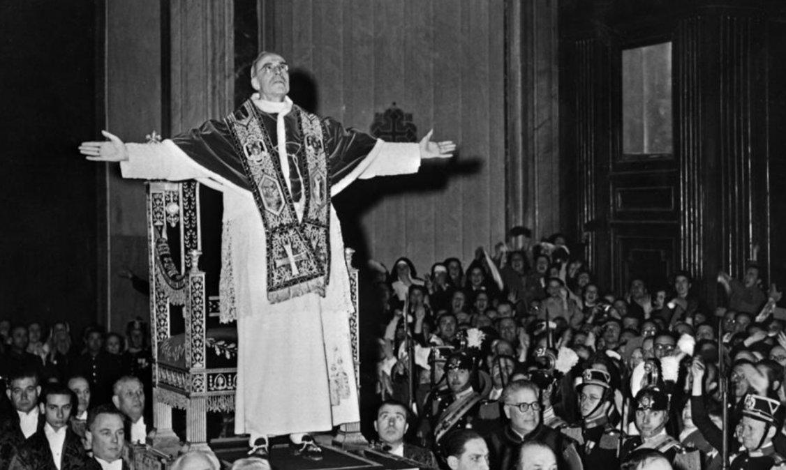 Una imagen de Pío XII de marzo de 1949
