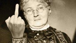 altText(Mother Jones: la mujer más peligrosa de Estados Unidos)}